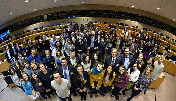 Набират се участници за Европейските младежки медийни дни в Страсбург